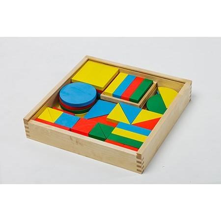 """Игровой комплект психолога """"Базовые геометрические фигуры и их основные преобразования"""